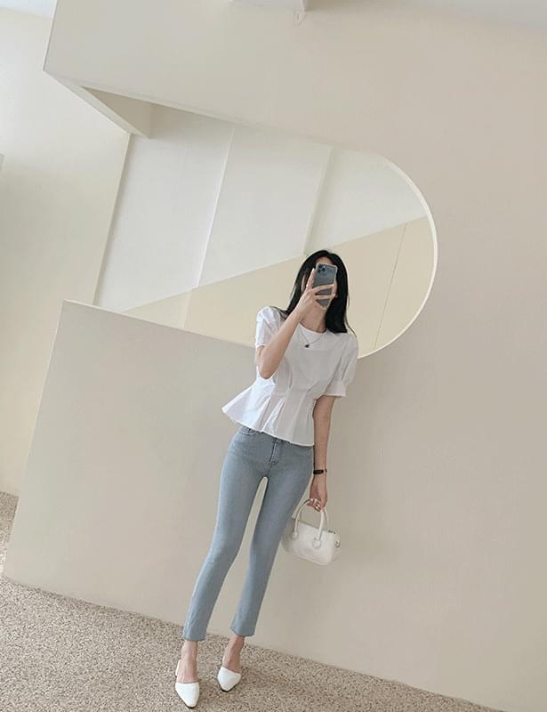 Lons pintuck strap blouse