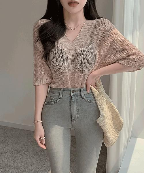 Strawberry Scone V-Neck Hachi Knitwear Short Sleeve T-shirt
