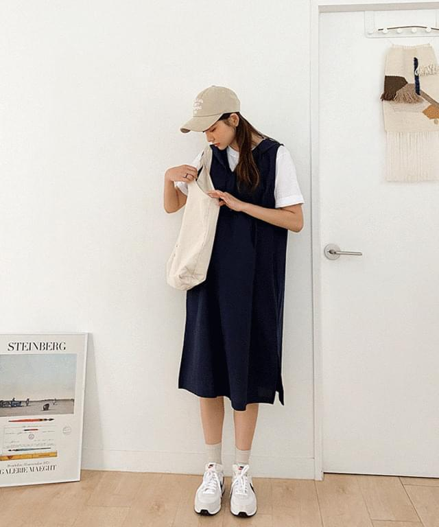 Big Size 55-120 All Day Hooded Sleeveless Long Dress