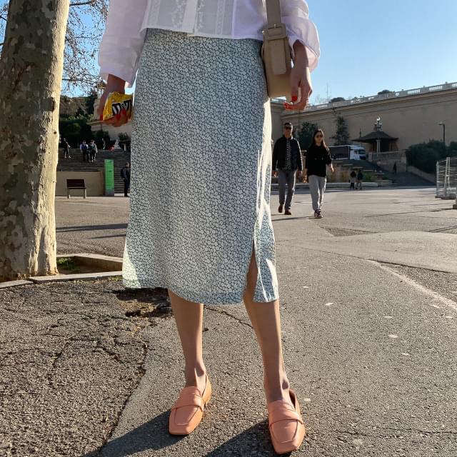 Flower back skirt