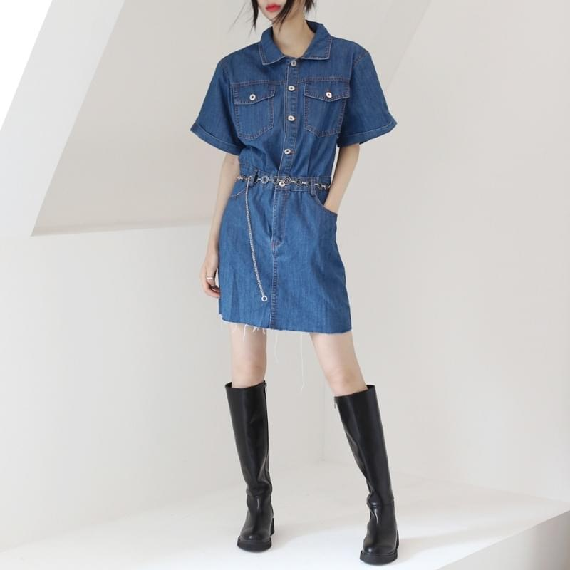 Posing denim mini Dress