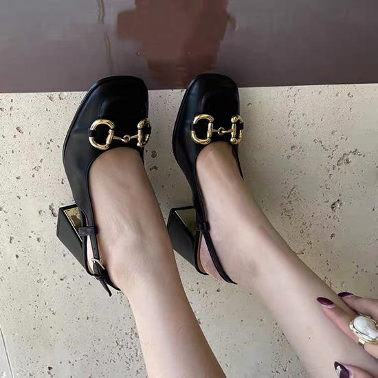 Chain Heel Slingback Middle Heel Black