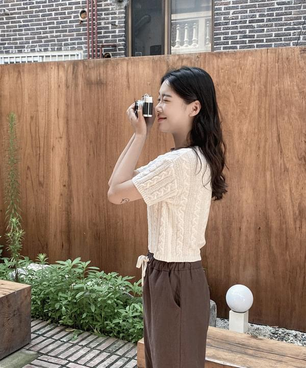 Honey Cotton Cable Crop Knitwear