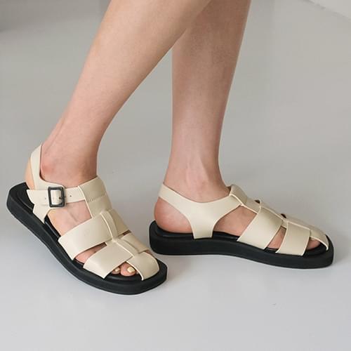 winky strap sandals