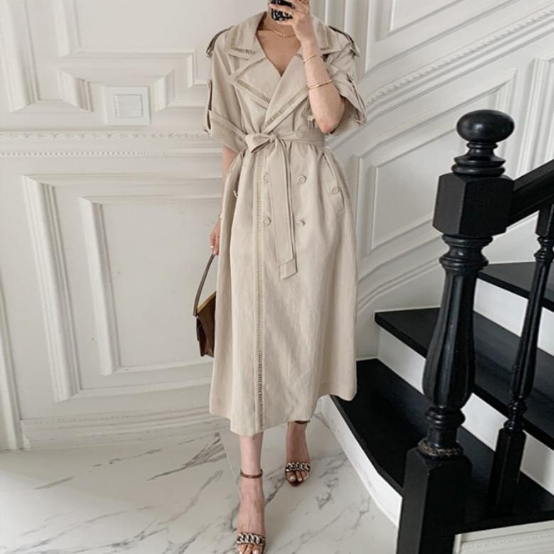 trench double line coat and Dress