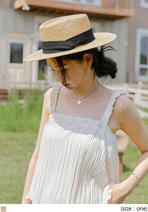 Raffia Boater Hat