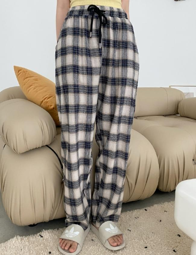 pepper check trousers