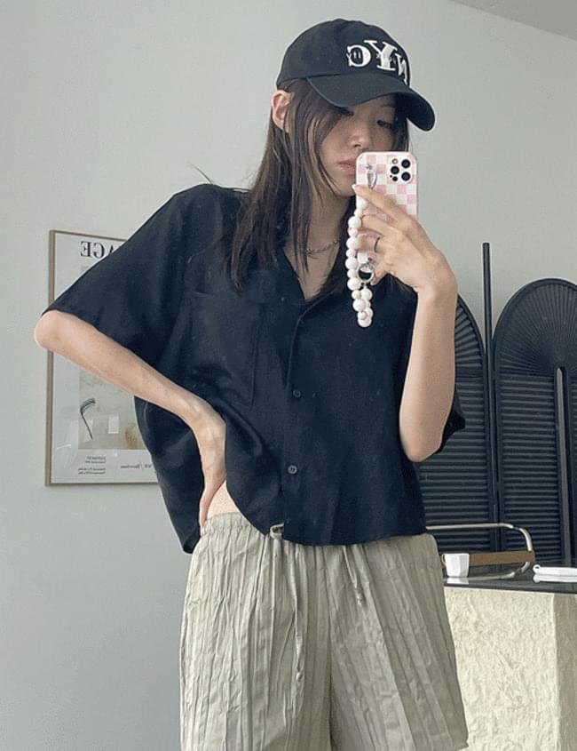 day cropped short sleeve shirt