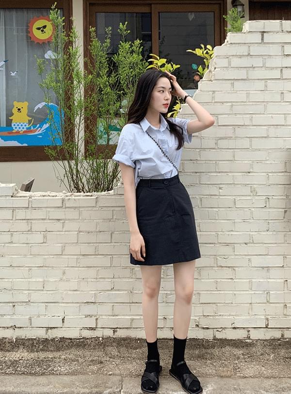 is mini skirt