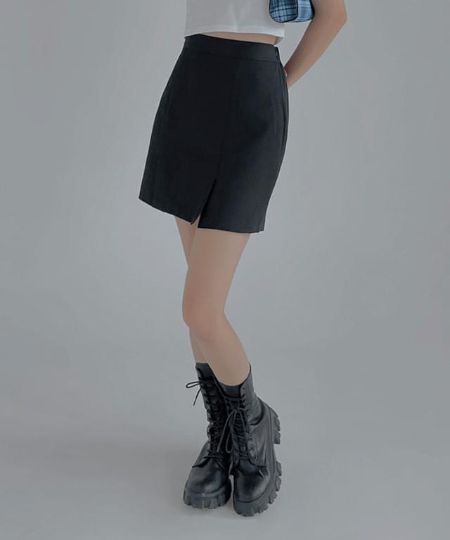 oscar mini skirt