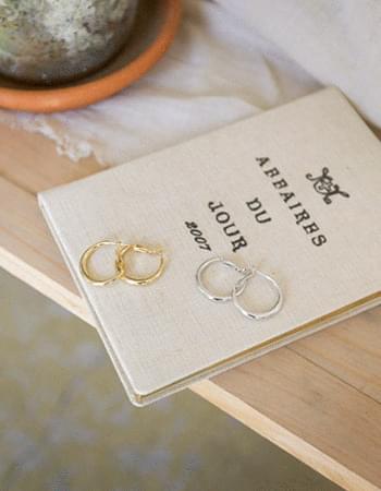 loeo ring earrings