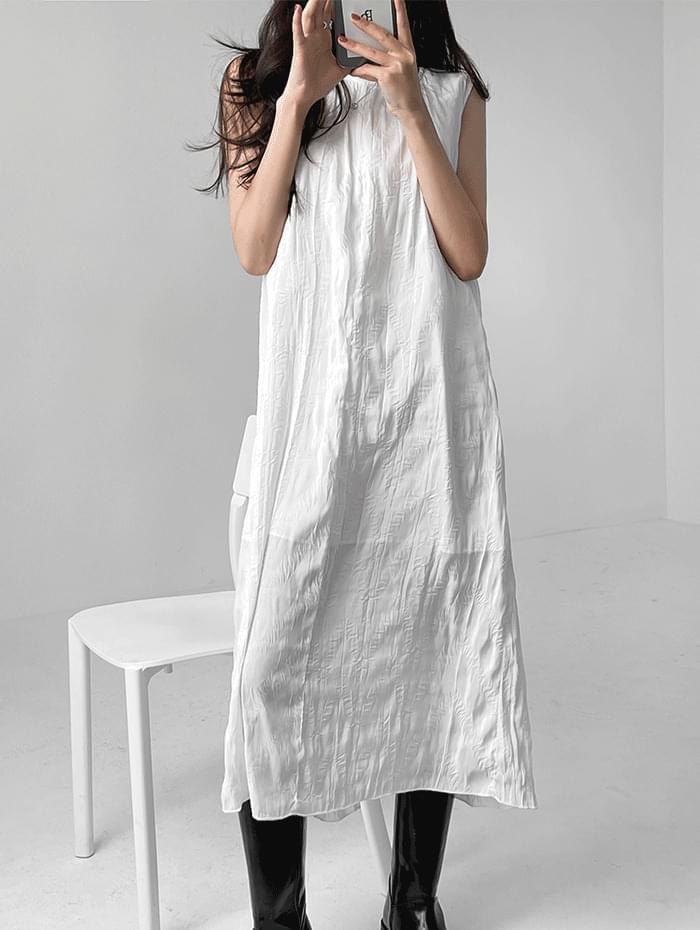 Flo Wrinkle Dress