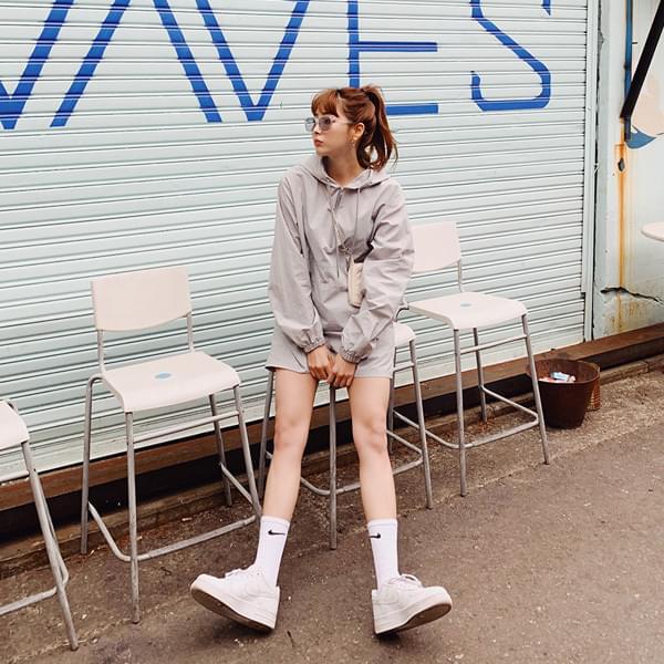 Maril Anorak Hooded Shorts Set