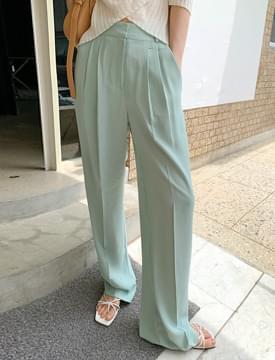 pastel pintucked slacks