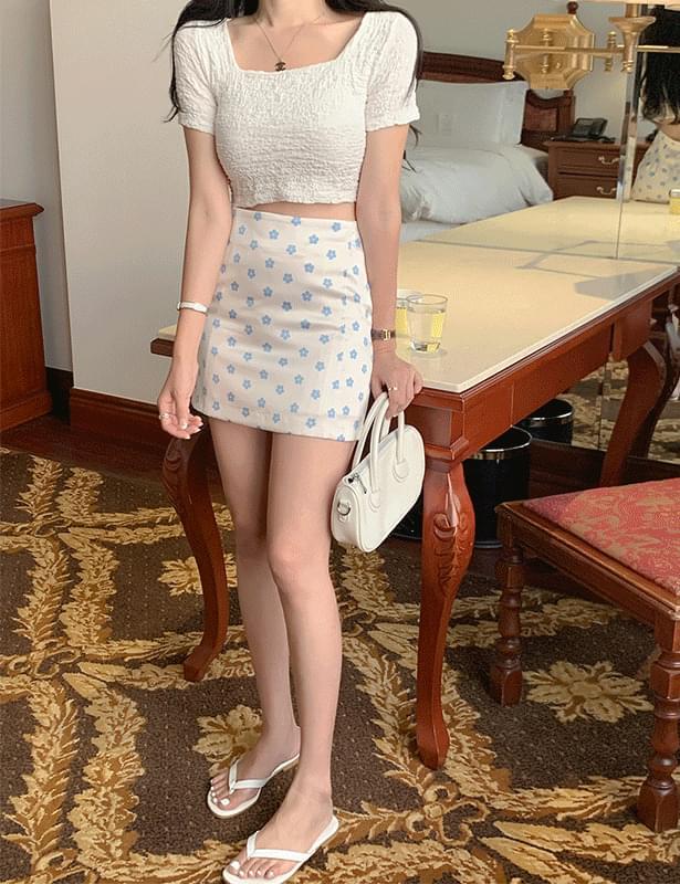 Rotive flower mini skirt