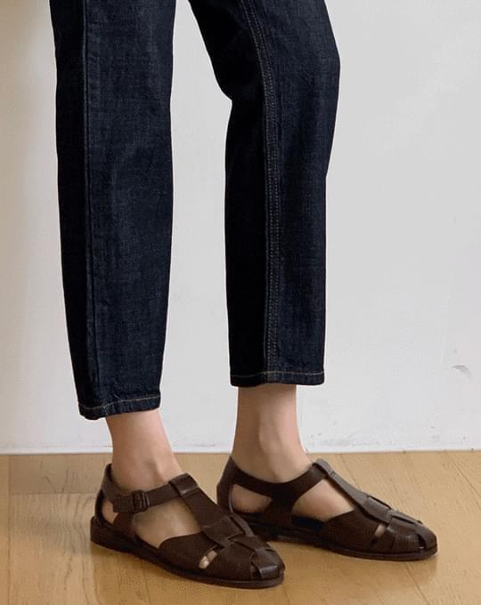 Coran Strap Sandals - 2 color