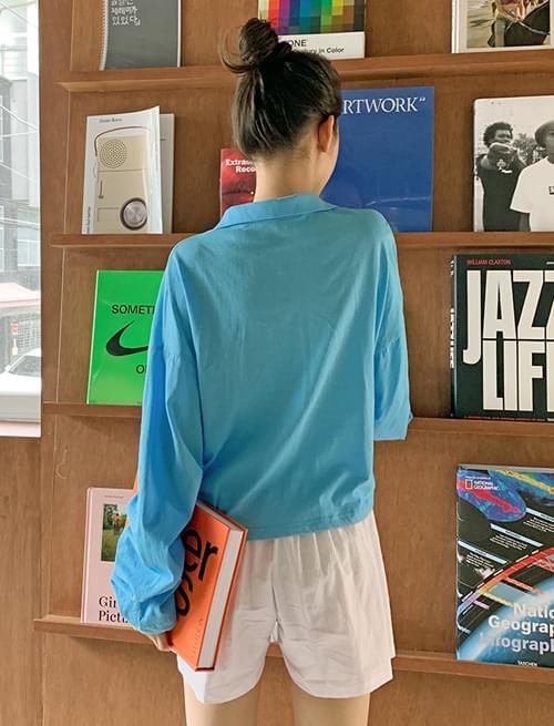 open collar long sleeve cropped T-shirt