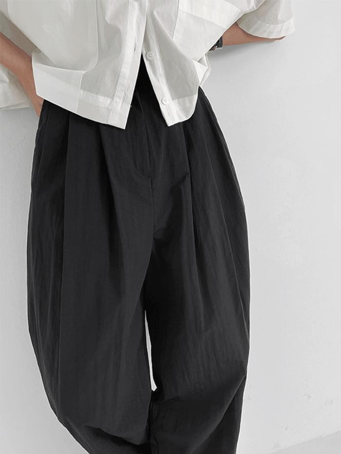 flirty cold trousers