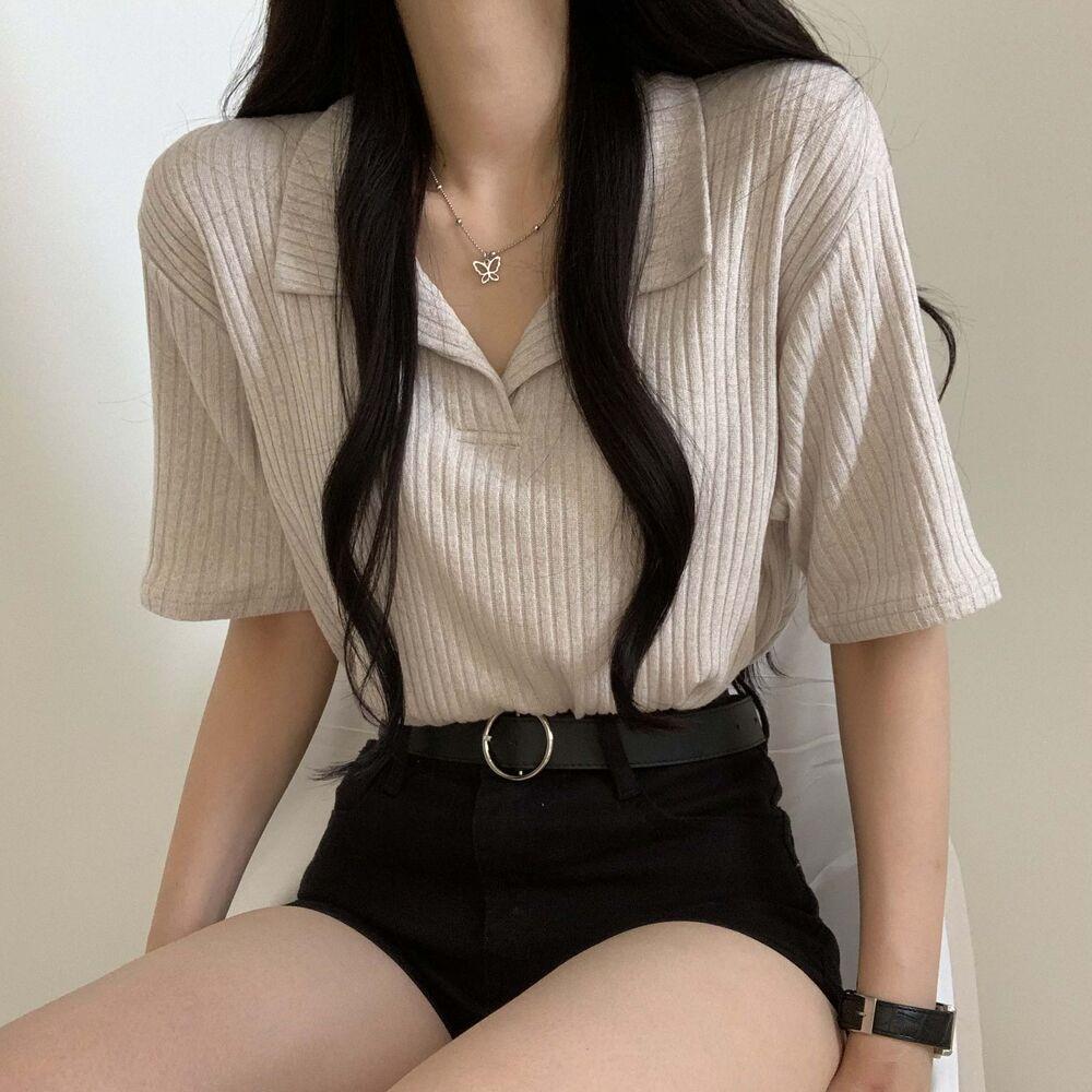 Nyanko Ribbed Open Collar Short Sleeve T
