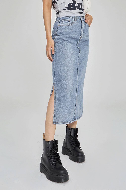 Side slit denim long Skirt