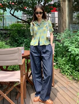 Square Patch Wrinkle Shirt Blouse