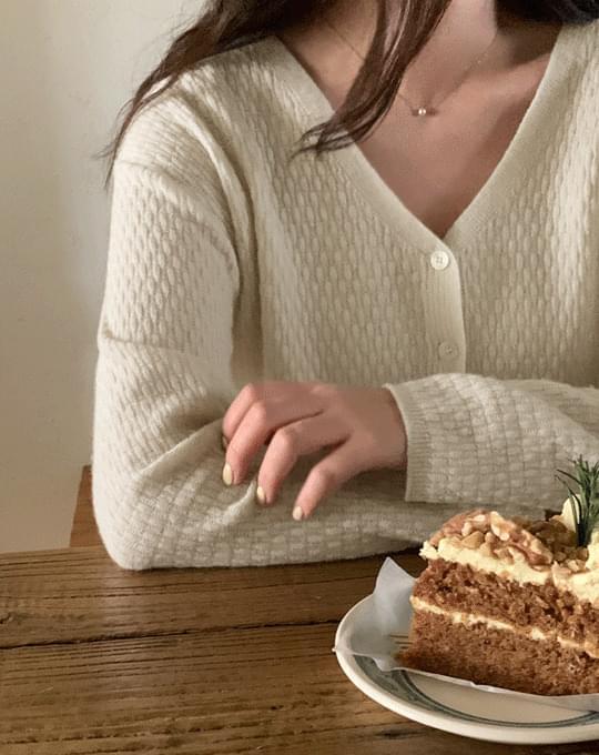 Hael V-Neck Cashmere Wool Cardigan - 3 color