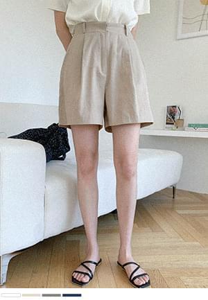 Body enhancement half pants