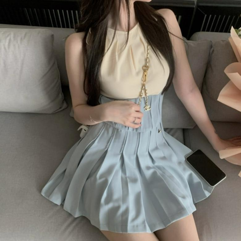 Maren pleated two-color line Dress
