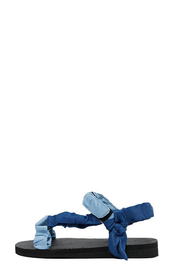 shirring base sandals