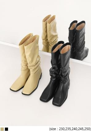 Ruched Accent Boots