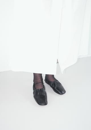 mild shirring flat shoes