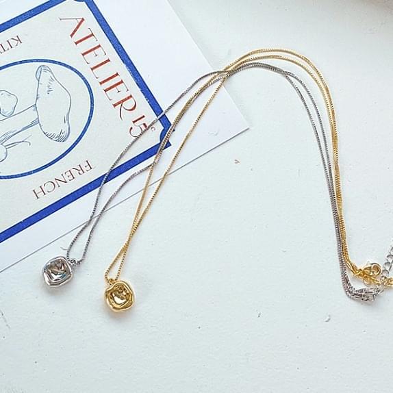 Elisa necklace