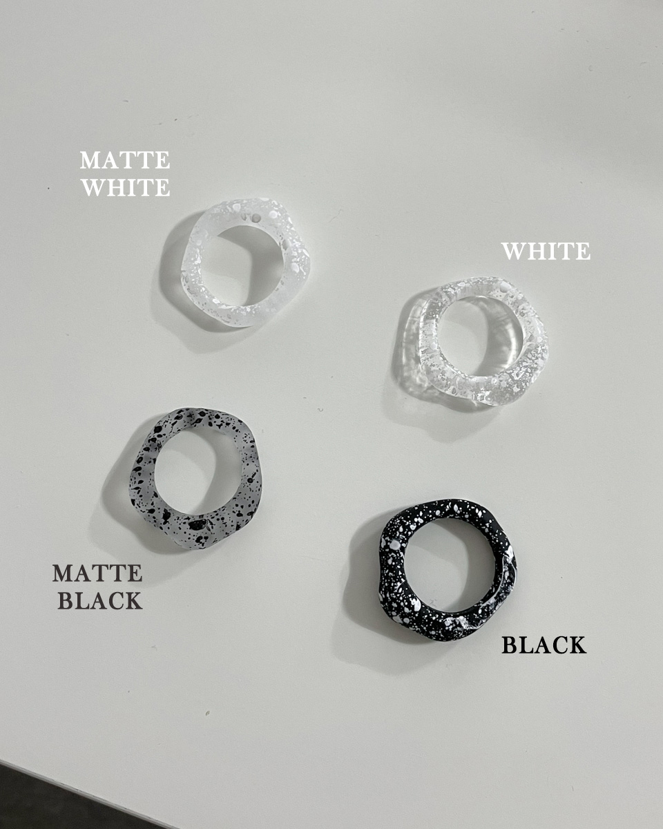 painting bold layered ring
