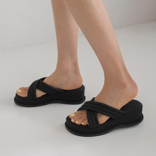 veludin strap slippers