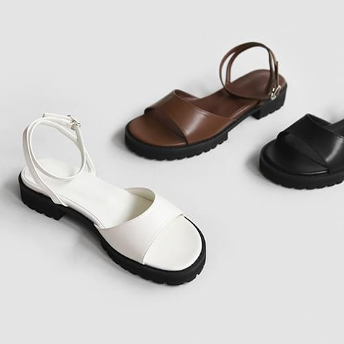 Insets Buckle Strap Sandals