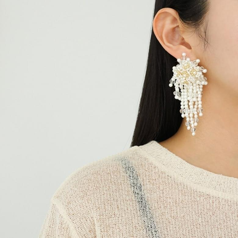 pearl floral drop earrings