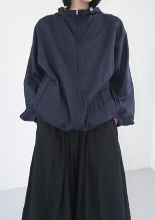 hooded windbreaker jumper
