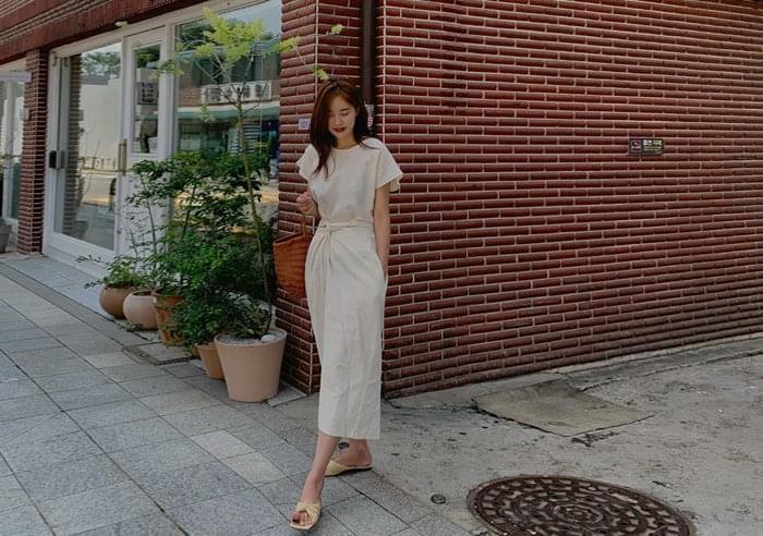 dressing knot Dress
