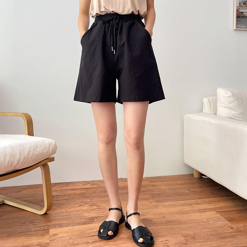 Pair Linen Banding Half Pants
