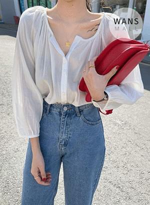 bl3975 Latierre no-collar V-Neck blouse