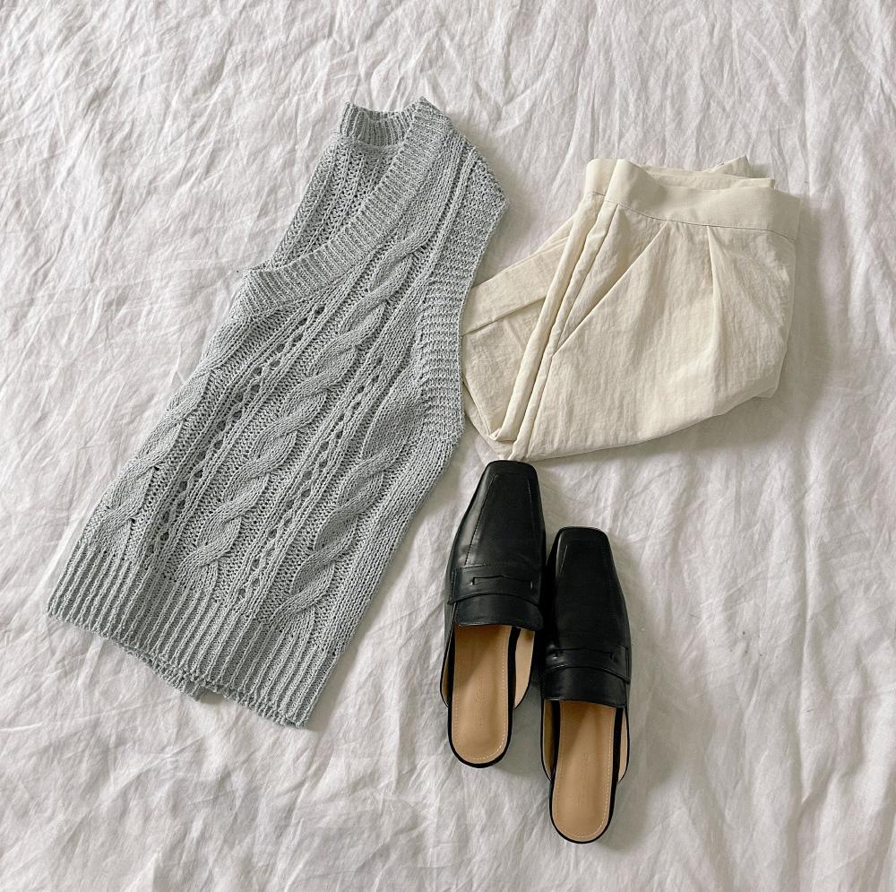 Eden V-Neck Summer Knitwear Vest