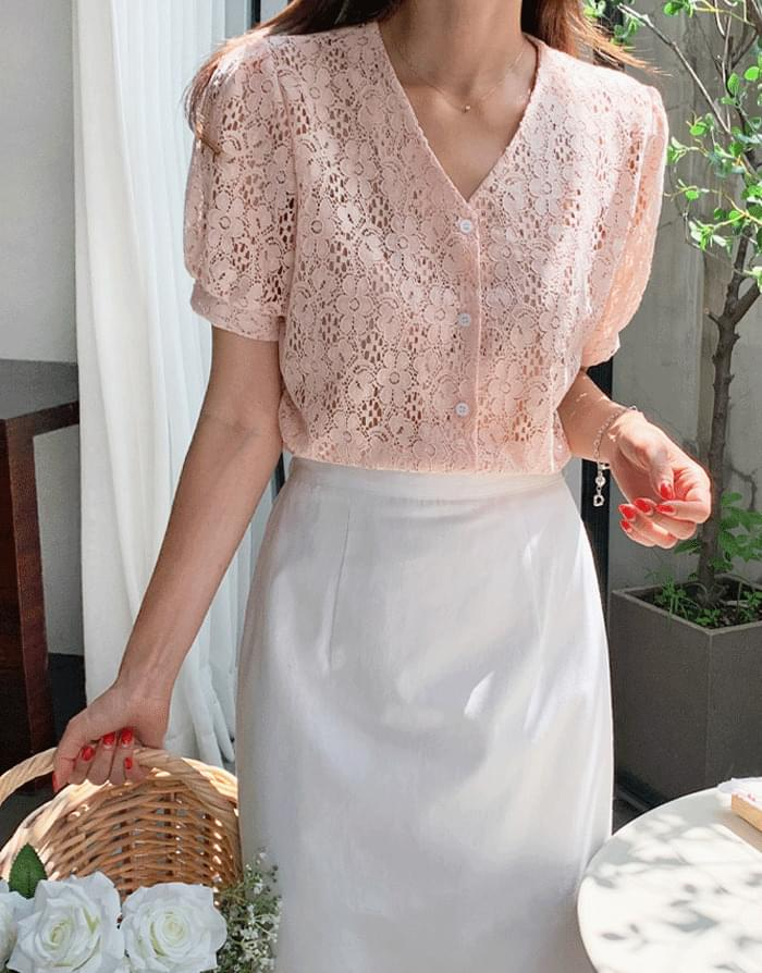 Glossy lace V-Neck blouse