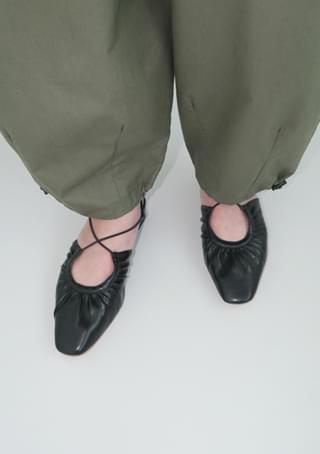 cross stiletto middle heels