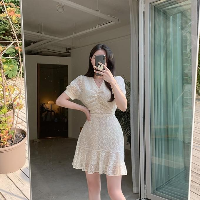 Coconut Milk V-Neck Puff Sleeves Shirring Waist Strap Lace Short Sleeve Mini Dress
