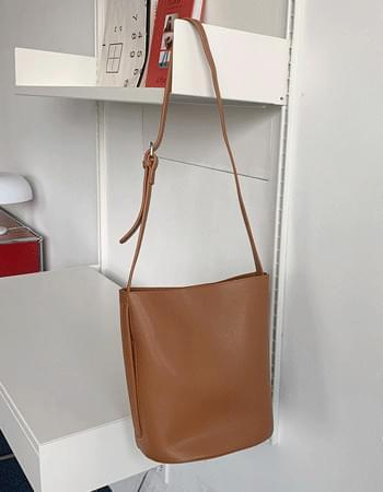 pouch set shoulder bag