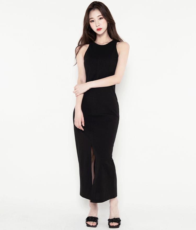 Front Slit Long Sleeveless Dress