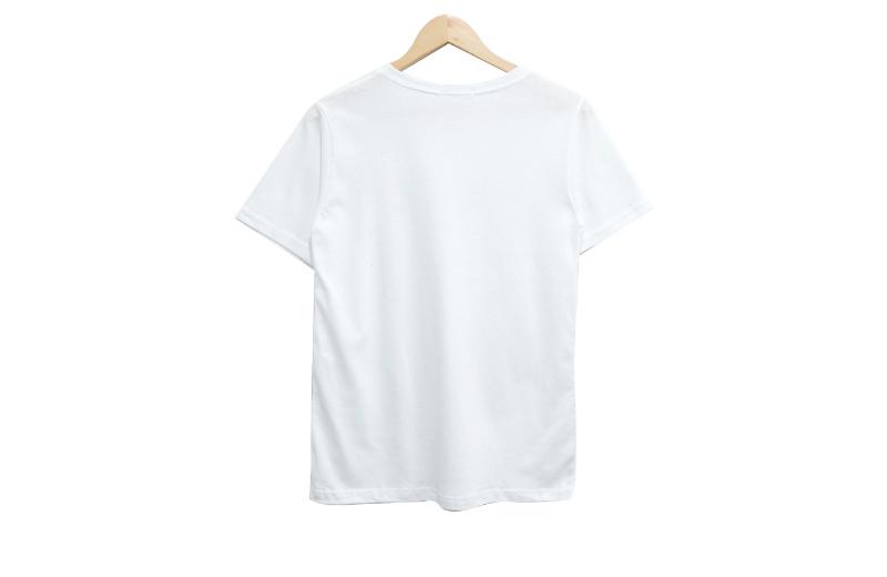 반팔 티셔츠 화이트 색상 이미지-S1L7