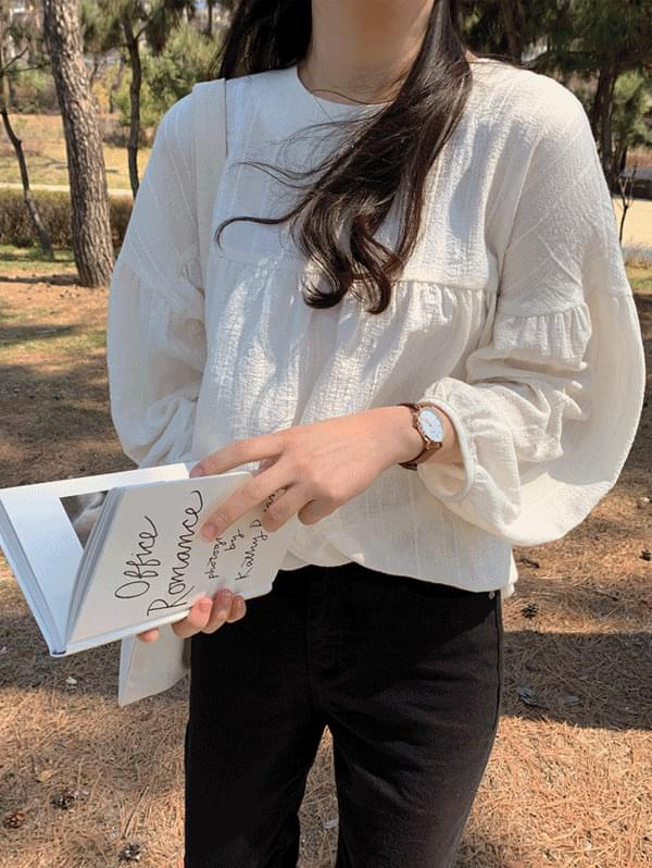 laura puff blouse 襯衫