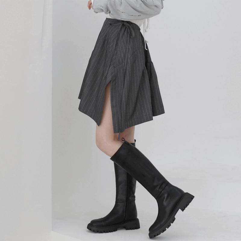 teddy stripe strap skirt