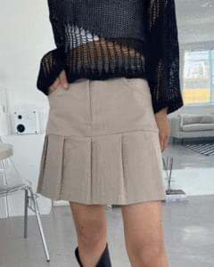 Vine Half Pleated Mini Skirt